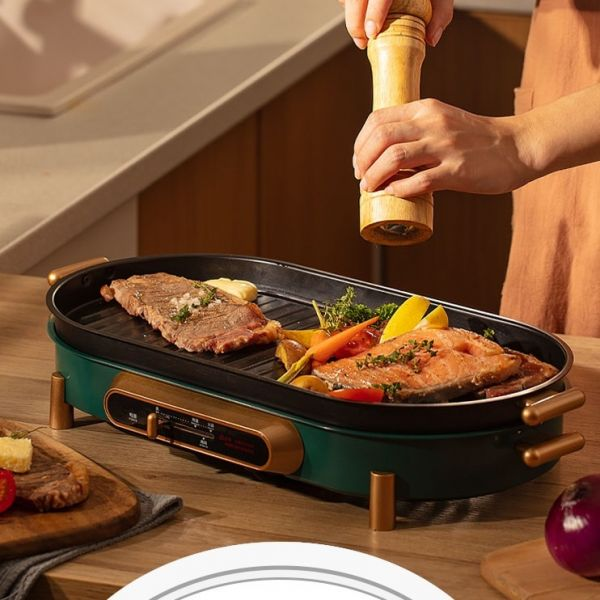 감성 낭만 디자인 반반 3in1 전기불판 와일드 한혜진 불판 고기판 박세리 꼬치구이 닭꼬치 전기 그릴, 525x145x290mm, 그린